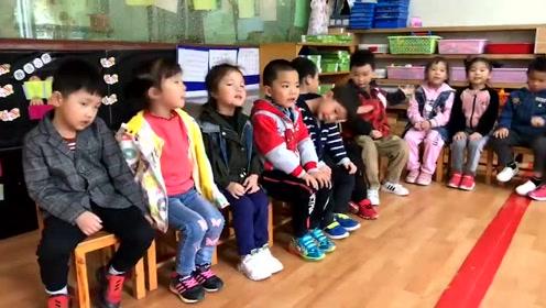 幼儿园小朋友背诗词,好棒,好可爱。