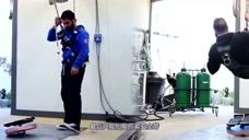 老外打造巨型陀螺,重达38公斤,能坚持多久?