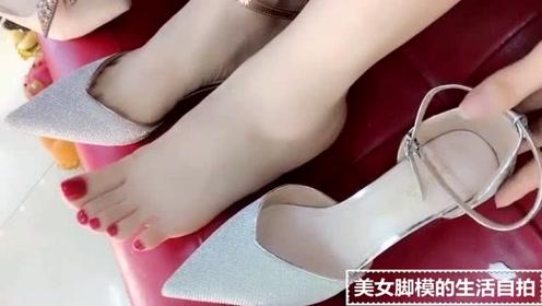 美女脚模的生活自拍:大红美甲穿上秋季的高跟