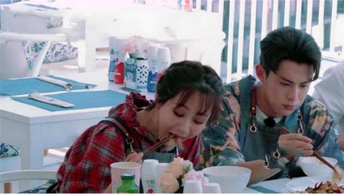 中餐厅:杨紫面对美食不顾形象,大口吃肉太过瘾,黄晓明看的眼睛发直!