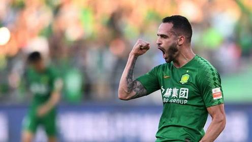 中超-国安2-0送泰达8连败 张玉宁傲骨建功刘若钒进球被吹