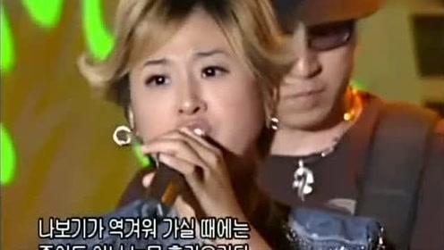 亚洲热门单曲《金达莱花》,原是很抒情的一首歌,在国内却被唱成了摇滚