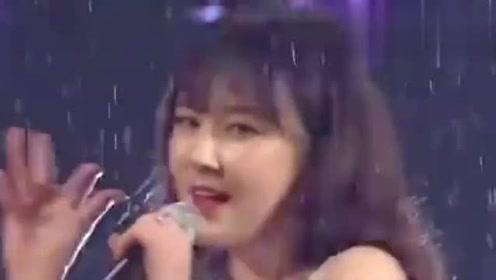 韩国女团没有底线吗?假如当年没有这个视频,也不至于被禁播