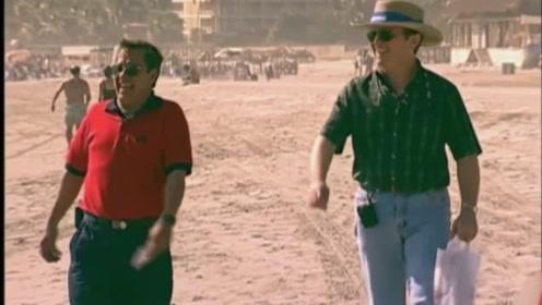 沙滩美女恶搞:这么大个汉子,穿比基尼搭讪不好吧