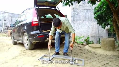 一位拍风水视频的大叔开CRV也学年青人玩床车自驾游
