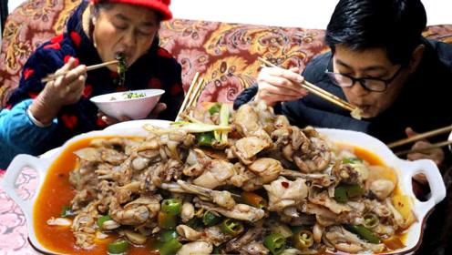 九九炒牛蛙,家乡味道的炒法母亲也爱了,米饭扒得呼噜呼噜的爽