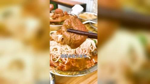 杭州美食:这家螺蛳粉店老板太任性了螺蛳不限量各种小料太爱了