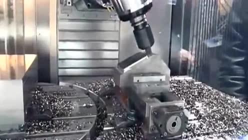德马吉一流的机械加工 (126播放)