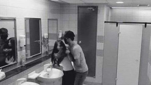 女孩上厕所时被跟踪,当流氓正要下手时的这一幕太诡异了!