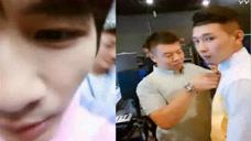 MC天佑在录制《吐槽大会》大张伟说要砸他的手机