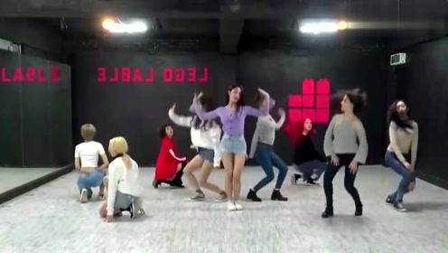 《**oom**oom》舞蹈练习版,今年超火的一首舞曲