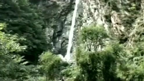 一个视频告诉你今年南方的雨有多大,去年的瀑布VS今年瀑布,变化好大