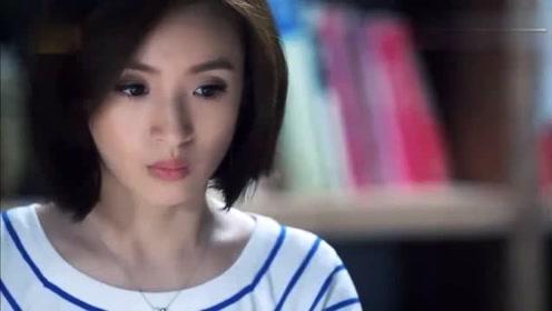 美女跟男友视频通话,对方屏幕竟是一个女孩,美女瞬间明白了