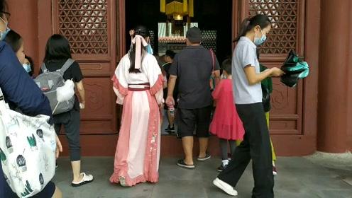 南方的朋友有福了,想游北京圆明园,去珠海看就可以了