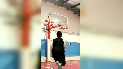 篮球:怎样才能扣篮,弹跳力怎么练