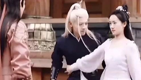 琉璃:璇玑负责教育司凤负责美食,腾蛇负责吃 一家三口其乐融融