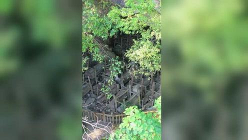 贵州安顺市有个神秘山洞,神秘的原因是里面存放了300多具棺材。