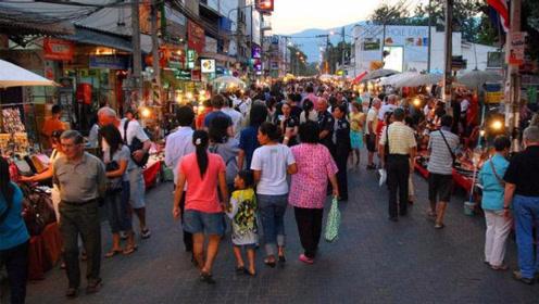 如果带1000人民币去泰国旅游,到底能用几天?看完长见识