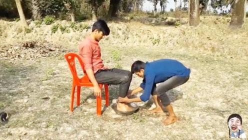 看多少次都笑的流眼泪的印度搞笑视频!每日一笑,爆笑来袭