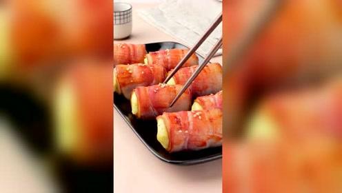 美食:土豆泥最好吃的做法之一,这一盘大家抢着吃,土豆泥培根卷