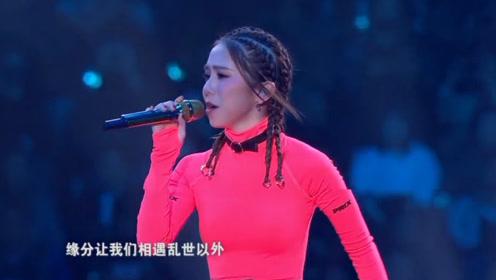 只有原唱才能演唱的歌,别人压根模仿不来,我最佩服歌王华晨宇