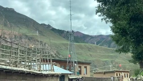《天堂西藏》143、白湖瀑布