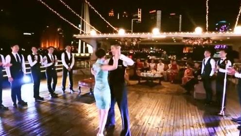 谢娜最不敢让张杰看到的视频,现场舞姿过于性感,自己都不好意思看!