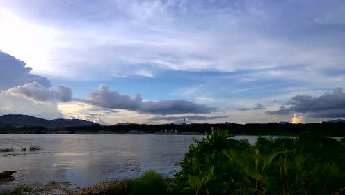 沿途的风景美不胜收,风光大片,气象万千