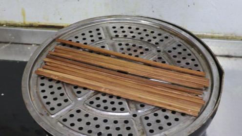 剥花生别再用手,教你两根筷子,一分钟剥好一大碗,关键不伤手!