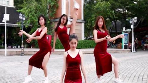 穿红色紧身裙的cba篮球啦啦队,你见过吗?