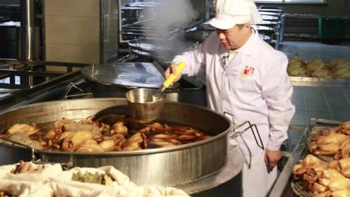 4代传人靠1种小吃火爆河北200年,秘方是17种大料熬一锅卤汤,厉害