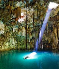 墨西哥洞穴潜水遇上帝之光