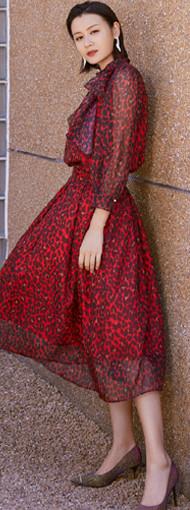 叶一茜的浪漫法式风情 感受时尚辣妈的柔美与力量