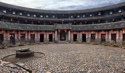 中国305天都在下雨的奇城