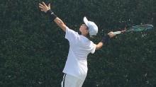 小贝次子罗密欧一展网球实力 挑战沃兹尼亚奇