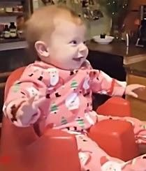 不要小看宝宝的模仿力