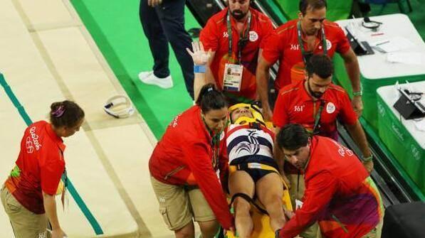 一个滑倒导致高位截瘫