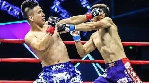 日本拳手赛场猖狂挑衅