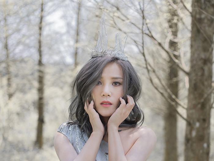 李佳薇新歌演唱会