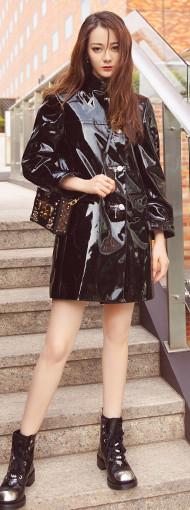 迪丽热巴路易威登首尔女装秀 迷之角度让人心动