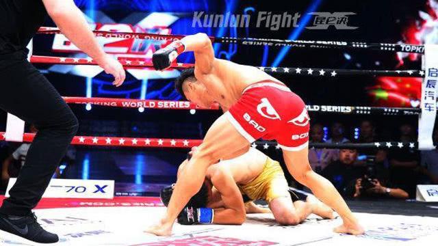 中国拳王打掉日本拳手5颗牙