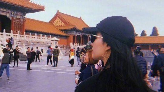 第1335期:故宫偶遇刘亦菲胡一天
