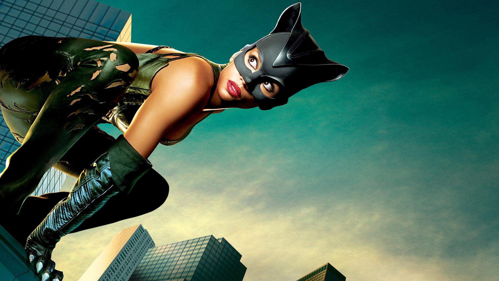 """克里斯托弗·海尔达尔 """"猫女""""是与蝙蝠侠齐名的超级英雄角色,米歇尔"""