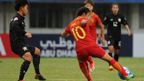中国女足姑娘又现逆天破门