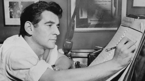 艺术日历:伦纳德·伯恩斯坦——改变了美国古典音乐的全能音乐家