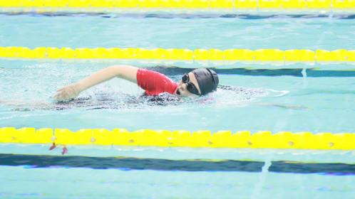 第三届《超新星运动会》男女4*50m混合游泳接力决赛