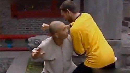 搏击高手上少林寺被轻松打败