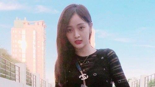 2018-08-31 第1196期:吴宣仪版凌波微步秒变表情包