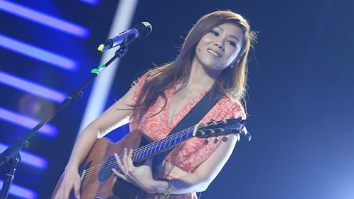 第十期:蔡健雅弹唱学员金曲