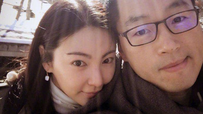 第1302期:张雨绮被曝3人同游